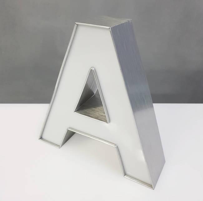 Litery-3D