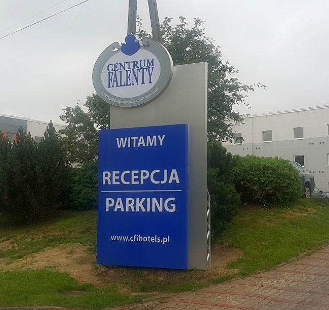 pylony-totemy-Łódź