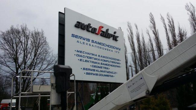 szyld-reklamowy-z-literami-3D-Łódź